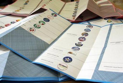 Voto in 2 giorni, decreto in Cdm ma prima summit Renzi-Alfano