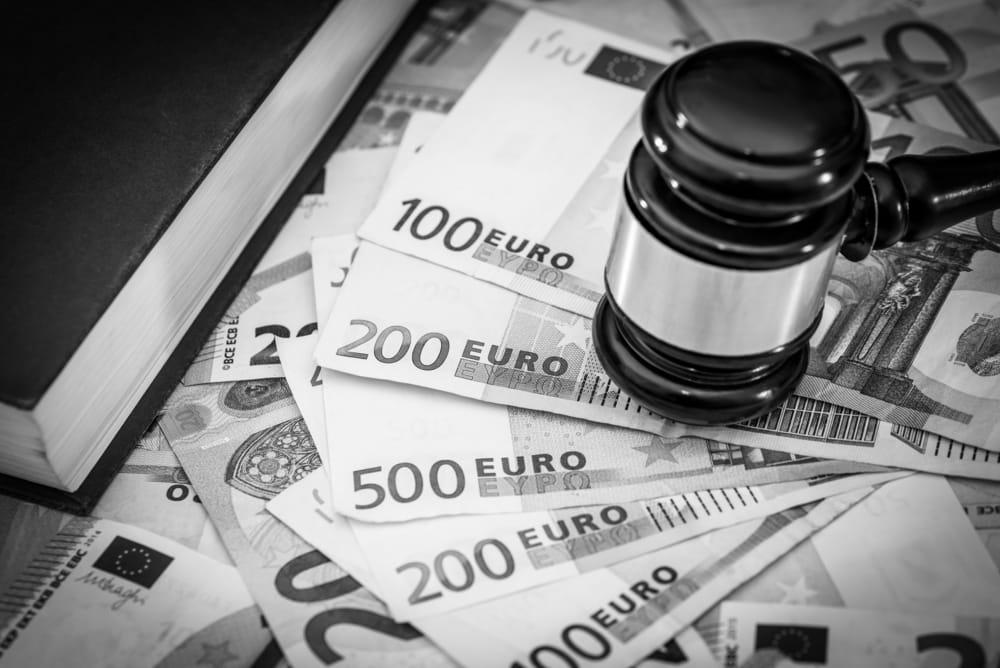 sito di incontri paga con assegno online