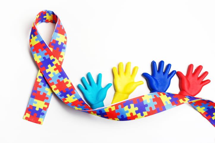 Illuminalo di blu: la giornata mondiale della consapevolezza dell'autismo
