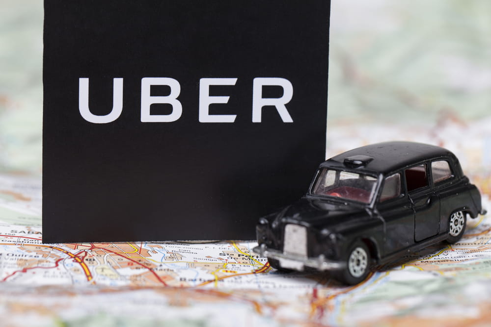 Revocato lo stop al servizio Uber-Black: tassisti beffati dai giudici